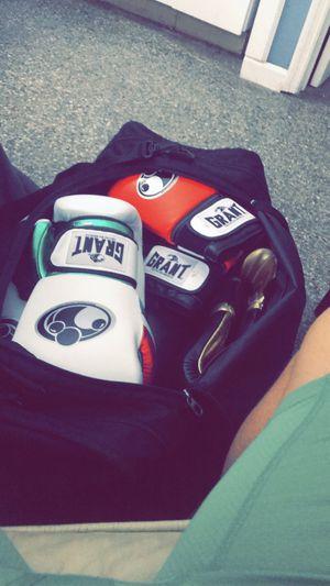 14 oz Grant Boxing gloves (New for Sale in Tampa, FL