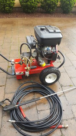 Pressure Washer for sale 16hp vanguard 5.5 gallons per minutes good machine good pum $1100 for Sale in Tigard,  OR