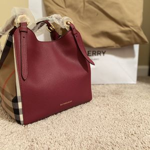Brand New Burberry Bag House Check Durby Canterbury Berry Pink Canvas & Leather Tote for Sale in Roswell, GA