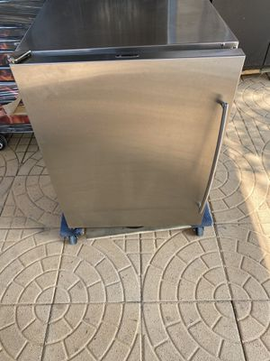 U-Line commercial mini refrigerator for Sale in Los Angeles, CA