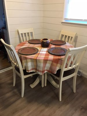 Kitchen table for Sale in Brockton, MA