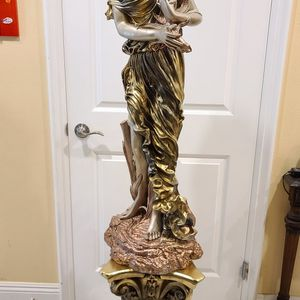 """43"""" Greek Goddess Ema And 21"""" Roman Column for Sale in South El Monte, CA"""