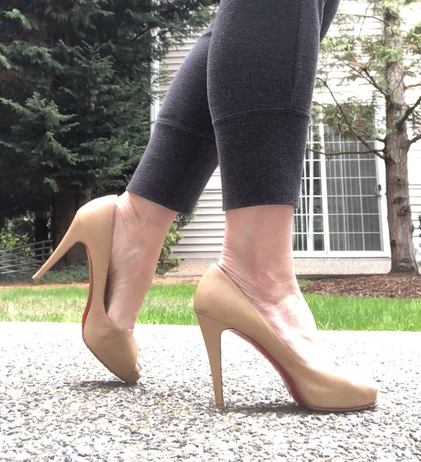 """buy online 7445f 74437 Christian Louboutin """"Very Privé"""" pumps for Sale in Redmond, WA - OfferUp"""