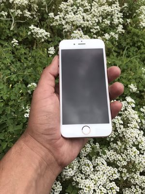IPhone 6S. Unlocked for All carries. RoseGold. for Sale in El Cajon, CA