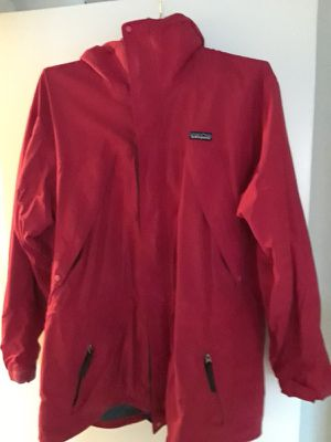 Men's xl Patagonia red jacket for Sale in Wall Township, NJ
