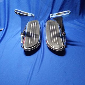 PASSENGER FOOT FLOOR BOARD PEDALS for Sale in Fresno, CA