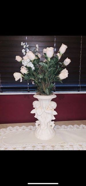 Angel vase with flowers (white cloth included) /24$(OrBestOffer) for Sale in Miami, FL