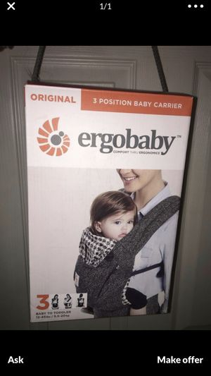 Baby carrier ergobaby for Sale in Hollywood, FL