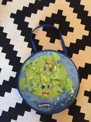 Baby swim thing WITH separate toddler life jacket for Sale in Portland, OR