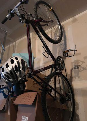 Trek 7000 bike for Sale in Woodinville, WA