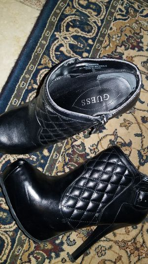 Black booties Guess size 7 for Sale in Centreville, VA