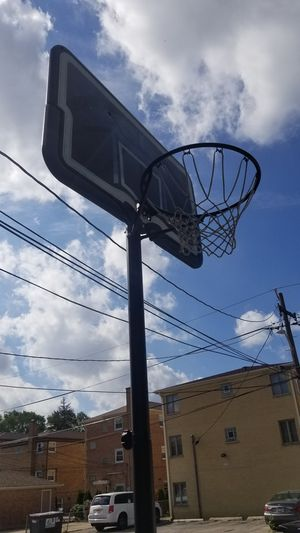 Life time basketball hoop for Sale in Elmwood Park, IL