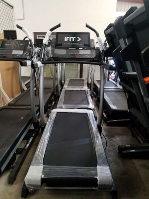 Nordictrack Commercial x22i incline trainer for Sale in Fontana, CA