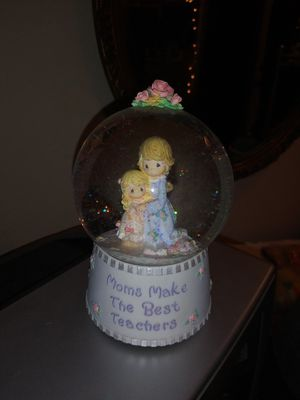 Vintage Precious Moments snow globe for Sale in Bartow, FL