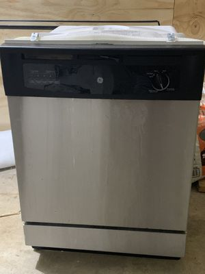 Black and stainless dishwasher for Sale in Forest Hills, TN