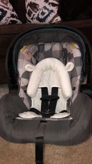 Even Flo Car Seat for Sale in St. Louis, MO