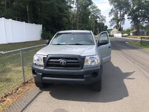 2006 Toyota Tacoma 4x4 4 cyl for Sale in East Haven, CT
