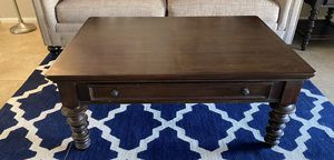 Coffee table for Sale in Indio, CA