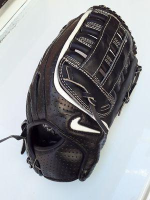 Nike baseball glove 12.75 for Sale in Inglewood, CA
