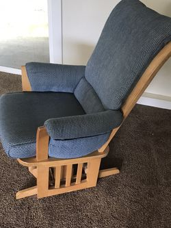 Rocking Chair for Sale in Lynnwood,  WA