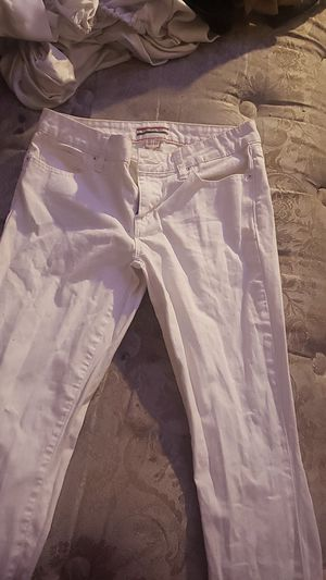 Size 4 white tommy Jean's women for Sale in Fresno, CA