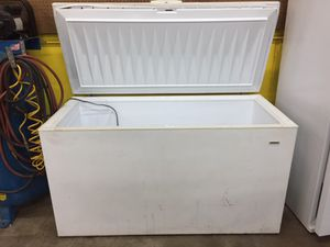 Tappan chest refrigerator freezer for Sale in Clifton, VA