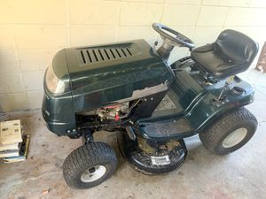 Riding lawnmower for Sale in Tampa, FL