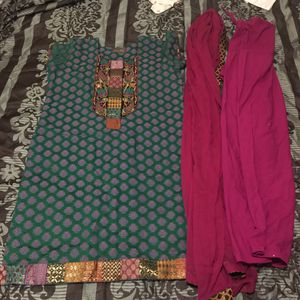 "Pakistani Indian Shalwar Kameez Dress Outfit fancy eid party wedding dress bust size 44"" xlarge for Sale in Colesville, MD"