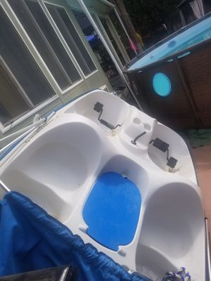 Pedal boat brand new for Sale in Riverside, CA