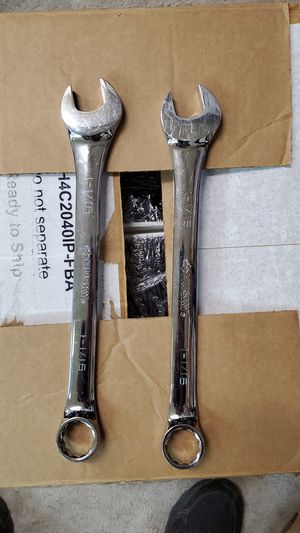 2 husky 1 1/16 in 12 pt. Sae full polish combination wrench for Sale in Aurora, OH