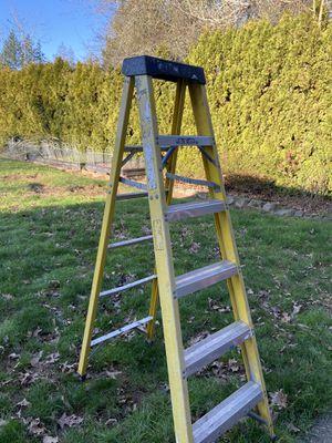 6 ft ladder for Sale in Oregon City, OR
