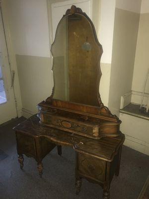 Antique Vanity Dresser for Sale in Jersey City, NJ