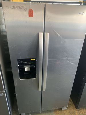 New whirlpool stainless steal refrigerator with ice maker for Sale in Cerritos, CA