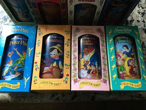 Disney Collectible Glass Set for Sale in Bellevue, WA