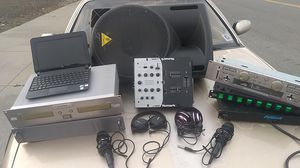 DJ equipment/beat maker and speaker for Sale in San Jose, CA