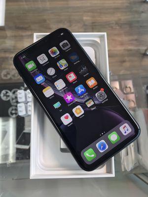iPhone XR 128gb unlocked for Sale in Seattle, WA