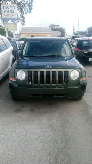 JEEP PATRIOT..ONLY 140 K..NO ACCIDENT CLEAN TITLE..NO PROBLEM for Sale in Orlando, FL