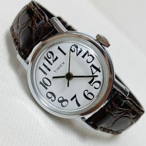 Vintage Timex Retro Women's Watch Hand Wind WORKS! for Sale in Wilkesboro, NC