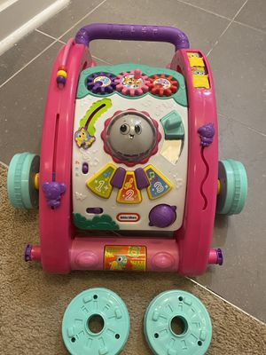 Baby walker ( brand new just open box ) for Sale in Charlotte, NC