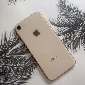 IPHONE 8 64gb Unlocked Phone Each for Sale in Boston, MA