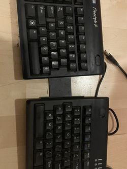 Kinesis Freestyle 2 keyboard with Ascent for Sale in Seattle,  WA