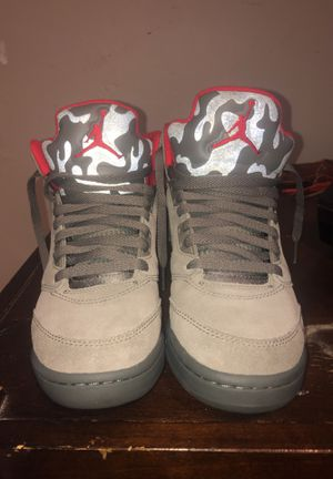 Authentic JORDAN RETRO 5 CAMO (GS) size 6 for Sale in Odessa, FL