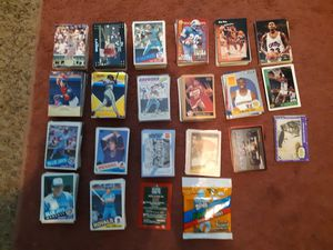 900+ sports cards. for Sale in Millbrook, AL