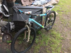 This bike was stolen yesterday around 8 o'clock right in front of 7-Eleven on 122nd and Division for Sale in Portland, OR