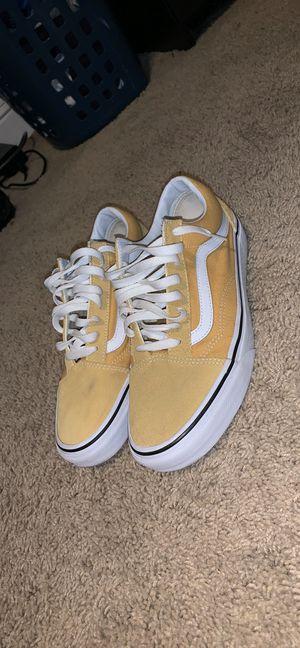 Yellow vans old skool low top men size 8.5 (no box) for Sale in Elk Grove, CA