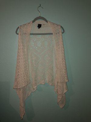 White sleeveless cardigan for Sale in Las Vegas, NV