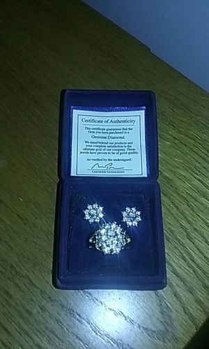 Really nice diamond ring and earing set for Sale in Glen Burnie, MD
