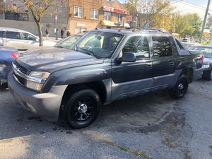 2005 Chevy Avalanche Fully Loaded Sunroof for Sale in Queens, NY