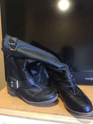 Boots size 9 black or tan for Sale in San Dimas, CA