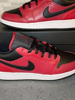 Jordan 1 Low GS, Youth Sizes 6 & 7/women's Size 7.5/ 8.5, $100 Firm for Sale in La Mirada,  CA